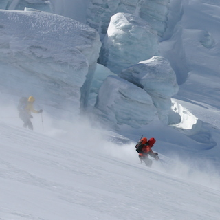 Freeriding Sport in der Andermatt im Winter