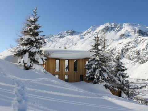 Image Eco Lodge in Swiss Mountains