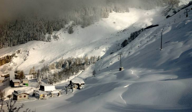 view from lodge and hostel basecamp andermatt towards nätschen lift