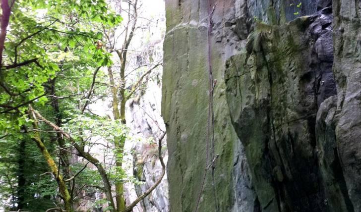 Pic climbing Ponte Brolla